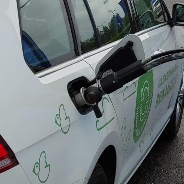 Onko kaasuautoilla tulevaisuutta? Lataa ilmainen opas!